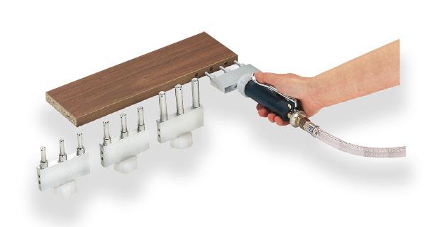 Tryska pre kolíkový spoj trojitá, 10 x 30 mm, rozteč 32 mm
